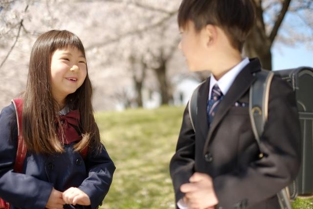 """小学生の名札は危険を呼び込む?""""子どもの名前""""の取り扱い方"""